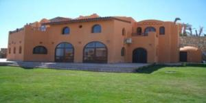 Ref: For sale by private owner 4 Bedrooms Price 500,000 Euros