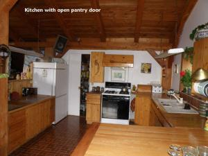 Ref: For Sale by Private Owner 2 Bedrooms Price 308,000 Euros